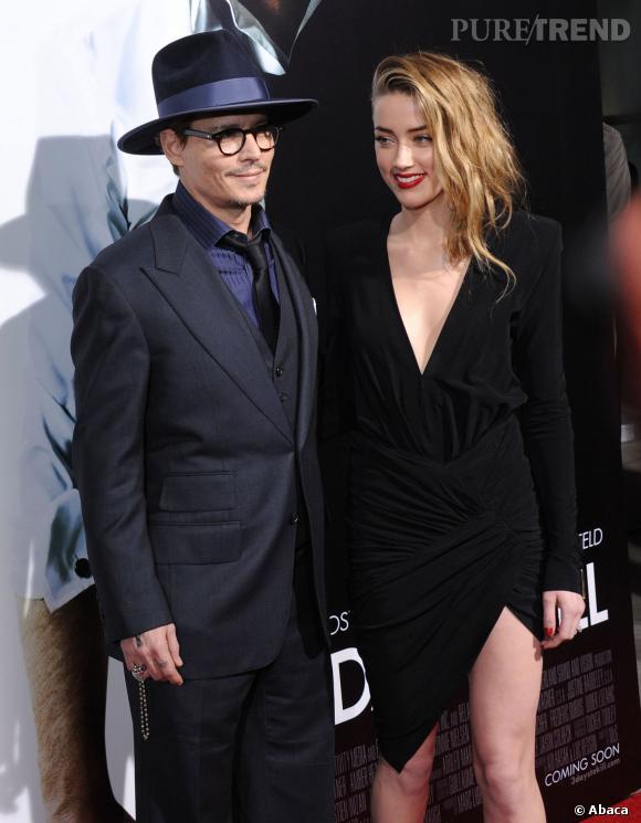 Amber Heard à l'air sous le charme de son boyfriend Johnny Depp.