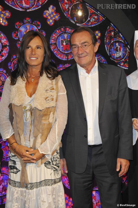 """Nathalie Marquay et Jean-Pierre Pernaut au Théâtre Mogador en septembre 2012 pour la camédie musicale """"Sister Act""""."""