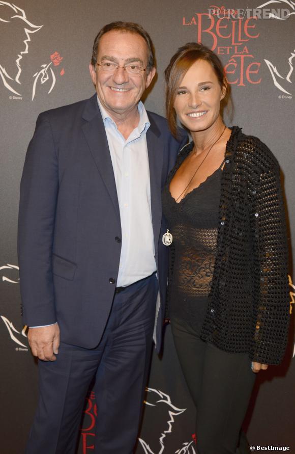 """Nathalie Marquay et Jean-Pierre Pernaut à la générale de la comédie musicale """"La Belle et la Bête""""en octobre 2013."""