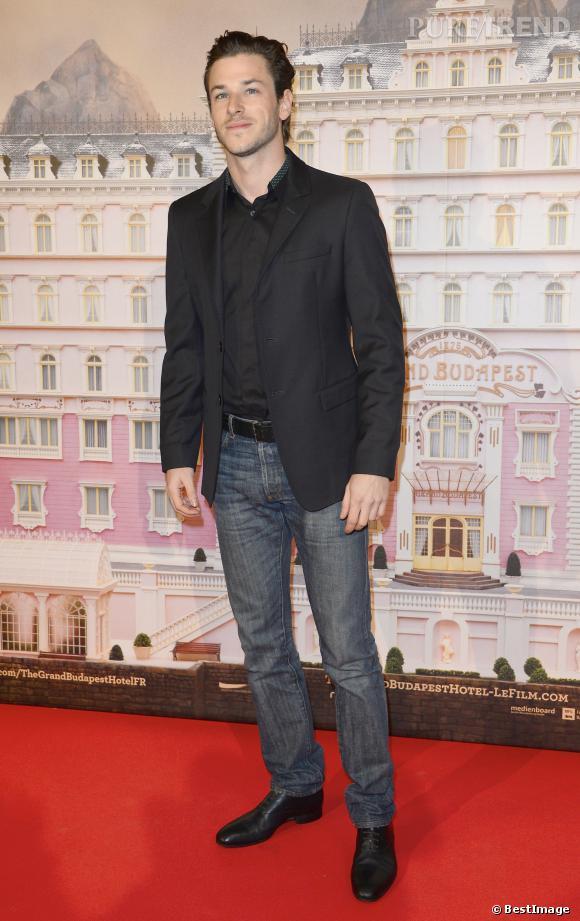 """Gaspard Ulliel à l'avant-première de """"Grand Budapest Hotel"""" à Paris le 20 février 2014."""