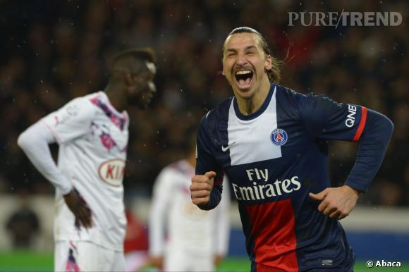 Ibrahimovic se serait-il moqué de son adversaire ? Vu sa tête c'est possible. Une vraie peste ce Zlatan.