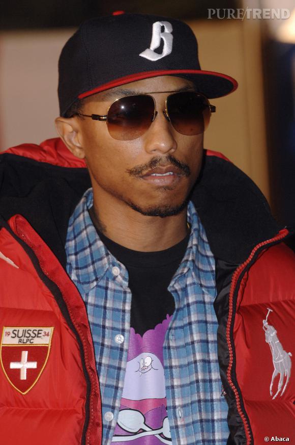 Pharrell williams fait p ter la stache mou les lunettes et la casquette base - Casquette pharrell williams ...