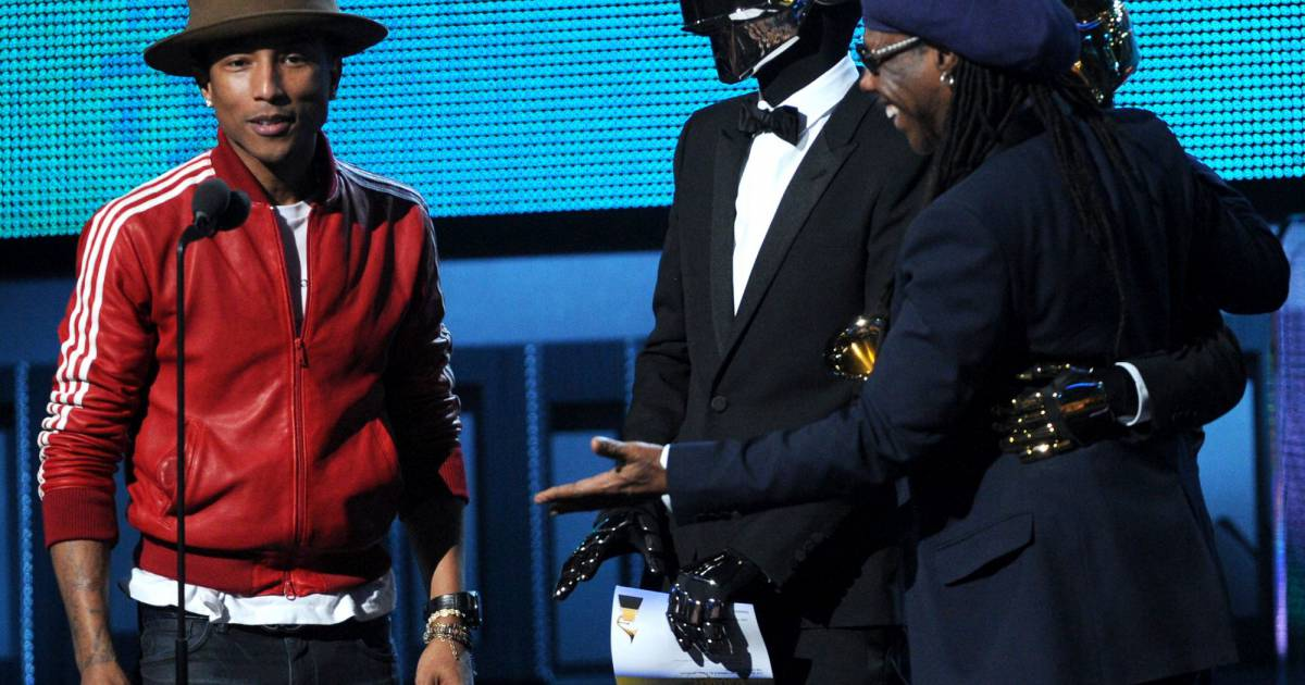 Pharrell williams lors des grammy avec son chapeau mountain hat de vivienne w - Casquette pharrell williams ...