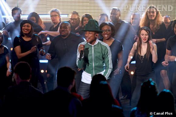 Pharrell Williams est l'invité du Grand Journal le 3 mars 2014. Retour sur 10 ans de chapeaux !