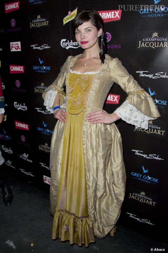 """Delphine Chanéac sort sa plus jolie robe pour """"Le Bal des Princesses""""."""