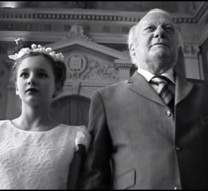 À l'occasion de la journée de la femme la réalisatrice Lisa Azuelos a tourné et produit un film de quatre minutes contre le mariage forcé...