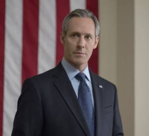 Garrett Walker (Michael Gill) : Toujours Président des Etats-Unis, Garrett se retrouve au milieu des ambitions de son Vice-Président Frank et de son ami le businessman Raymond Tusk.