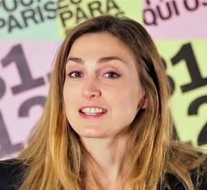 """Julie Gayet dans le clip de campagne d'Anne Hidalgo """"Engagé, osé""""."""