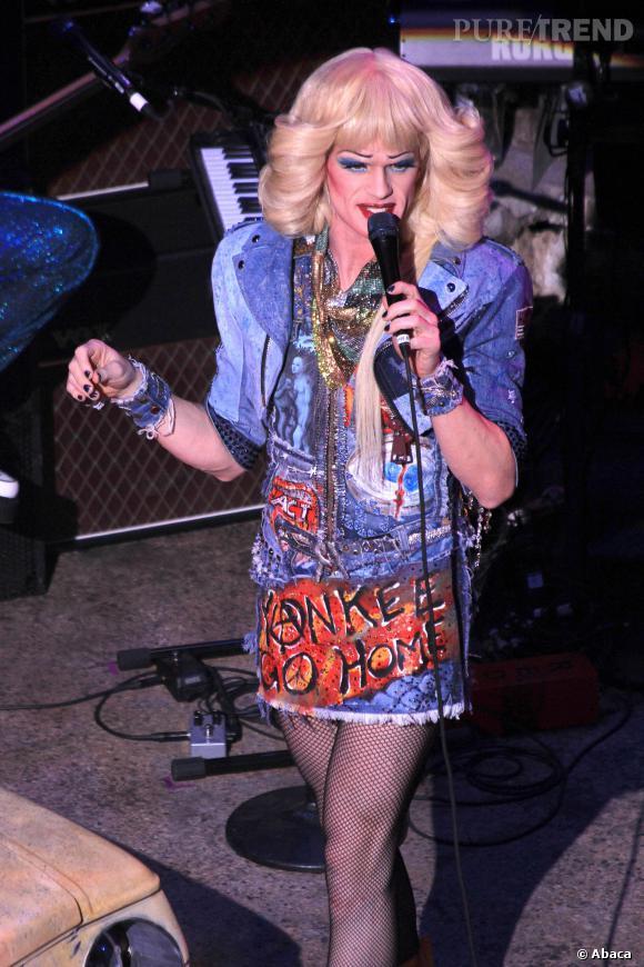 """Les premières images de la comédie musicale """"Hedwig and the angry inch"""" à Broadway montre un Neil Patrick Harris méconnaissable et décoiffant, le 1er avril 2014."""