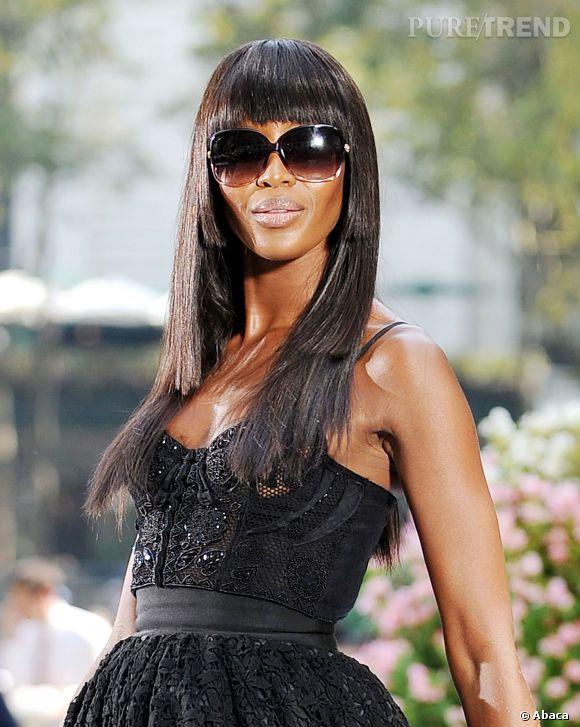 Le canon de beauté Naomi Campbell aurait jeté son dévolu sur le célibataire le plus hot d'Hollywood, Michael Fassbender.