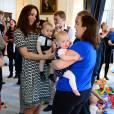 La robe Tory Burch de Kate Middleton est également sold out. Décidement, c'est de famille.