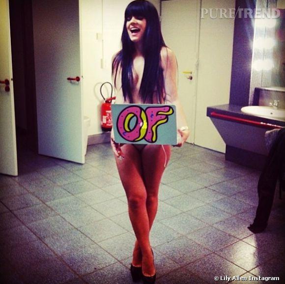 Lily Allen a posté ce cliché d'elle à moitié nue le 6 avril 2014. C'est son mari qui va être content !
