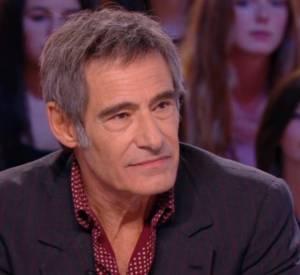 Gérard Lanvin sur le plateau du Grand Journal de Canal+, ce jeudi 17 avril 2014, présenté par Antoine de Caunes.