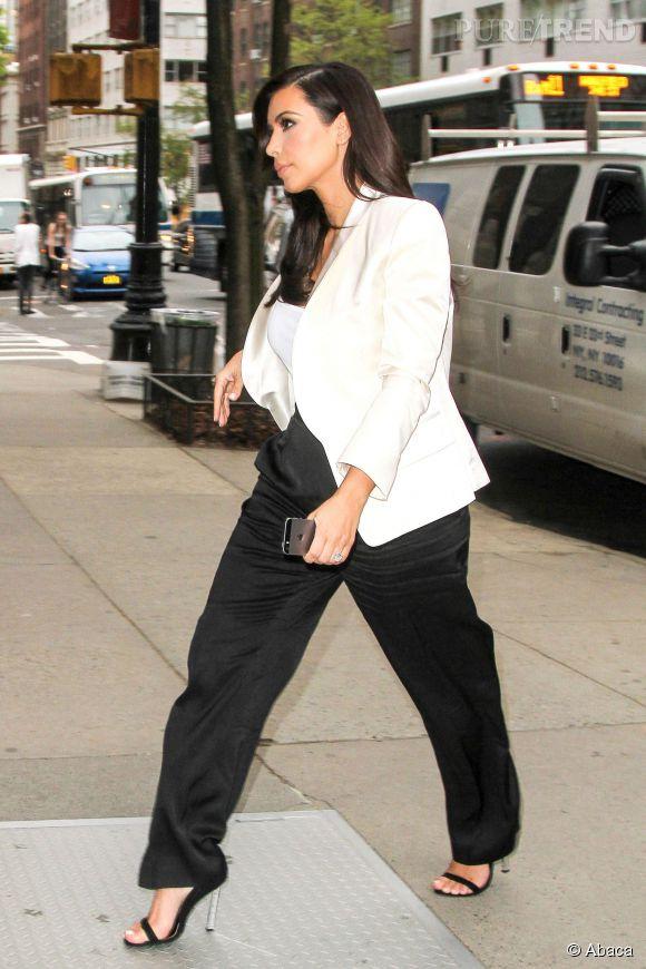 Kim Kardashian, une silhouette bien amincie.