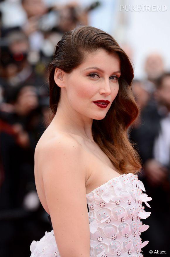 Cannes 2014 : Laetita Casta, très en beauté pour l'ouverture du Festival avec son sidehair ondulé.