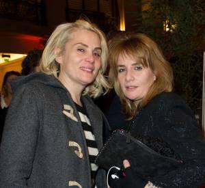 Emmanuelle Seigner et sa soeur Marie-Amélie lors d'une soirée de lancement, en décembre dernier.