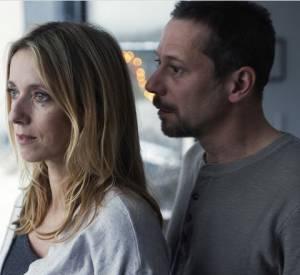 Mathieu Amalric est le mari de Léa Drucker dans le film La Chambre Bleue.