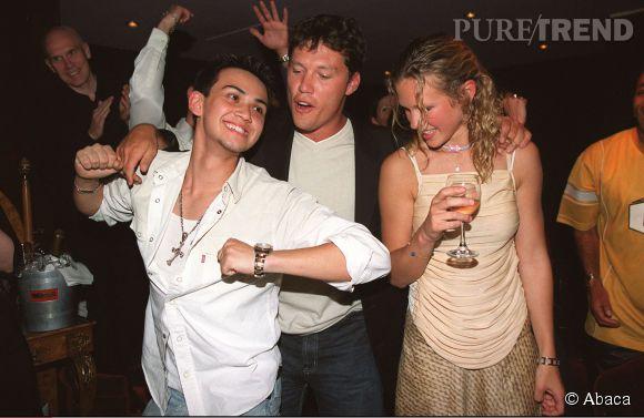 Et 2002 Billy Crawford fête l'anniversaire de Lorie au VIP Room.