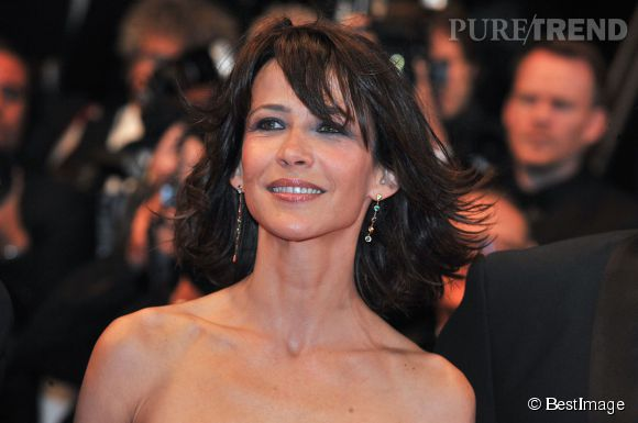 Maquillage naturel, et sourire de jeunette Sophie Marceau n'a pas vraiement l'air d'avoir 47 ans! Ici au festival de Cannes, mardi 20 mai 2014.