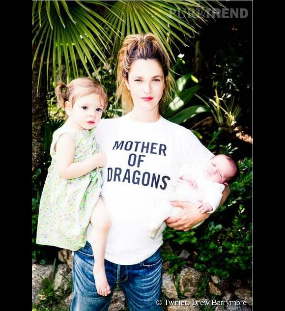 Drew Barrymore poste un cliché familial avec ses filles Olive et Frankie, pour la bonne cause !