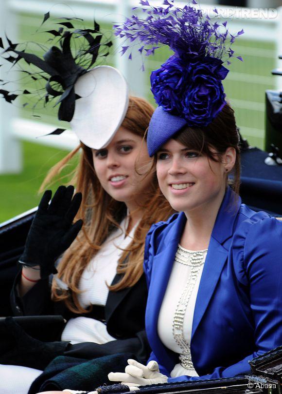 Beatrice d'York et Eugenie d'York à Ascot en 2008.