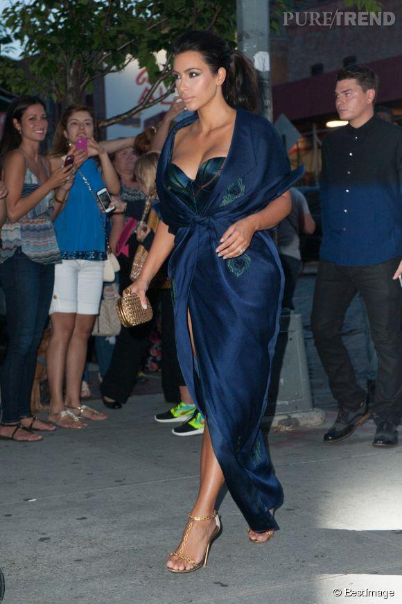 Kim Kardashian n'a pas froid aux yeux.