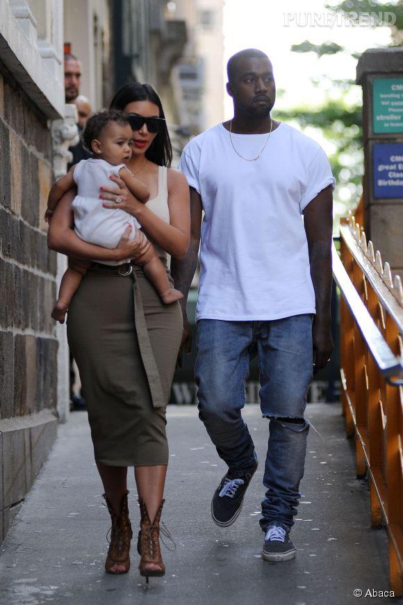 Kim Kardashian et Kanye West, à la recherche d'un sosie de leur fille North West pour 500 000 dollars.