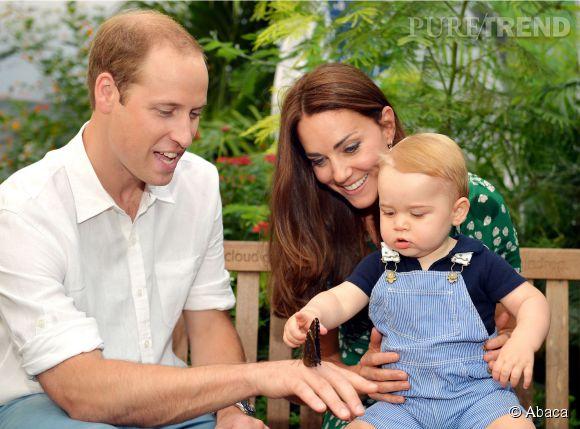 Kate Middleton, le Prince William et le Prince George au Musée d'histoire naturelle de Londres.