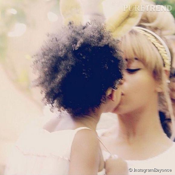 Beyonce est une reine de la comm'. Preuve en est avec des clichés d'elle et sa fille Blue-Ivy, ou l'image d'une famille parfaite.