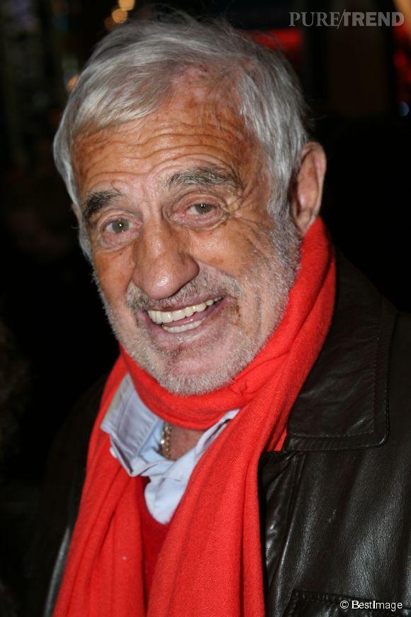 Jean-Paul Belmondo est un acteur français culte. Il ressemble énormément à son père, le scupteur Paul Belmondo.