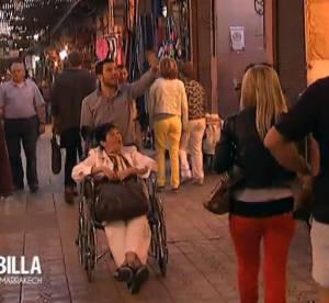 Allô Nabilla : John perd mémé dans le souk, Nabilla est rouge de colère