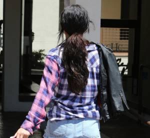 """Selena Gomez : fesses à l'air, elle lance la tendance """"Strot"""""""