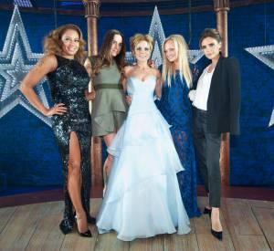 """Les Spice Girls réunies lors de la première de """"Viva Forever"""", la comédie musicale du groupe, en décembre 2012."""
