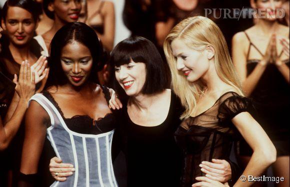 Naomi Campbell et Karen Mulder au défilé Chantal Thomass en octobre 1994.