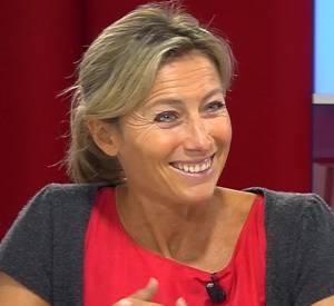 """Anne-Sophie Lapix, invitée de la web-émission de L'Express, """"Immedias"""", confie que le livre de Valérie Trierweiler est """"un sacré coup bas""""."""