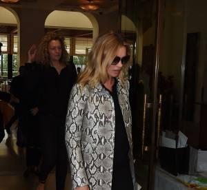Kate Moss sort la mini et affole les Italiens