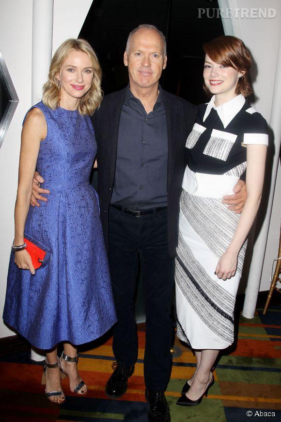 """Naomi Watts et Emma Stone aux côtés de Michael Keaton lors du déjeuner de projection de """"Birdman"""" à New York le 13 octobre 2014."""