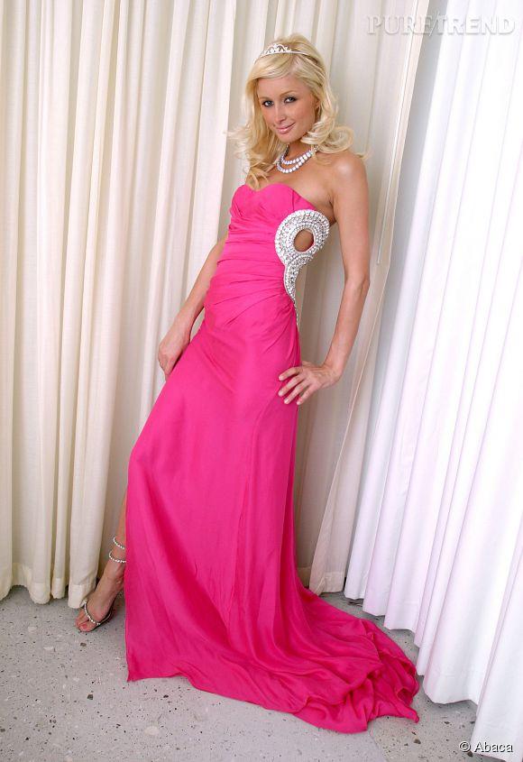 Paris Hilton :  Barbie sort de ce corps, en 2004.