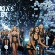 Candice Swanepoel, Alessandra Ambrosio et Karlie Kloss lors du défilé Victoria's Secret 2014.