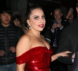 Lady Gaga enceinte ? La chanteuse dévoile un ventre arrondi