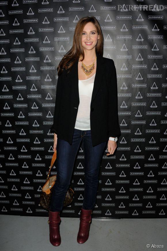 Ophélie Meunier : jean, T-shirt et veste, les indispensables mode de la journaliste de Canal+.