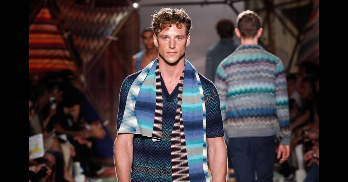 431c1126e9 Fashion Week Homme : le défilé Calvin Klein Collection en live sur  PureTrend - Puretrend