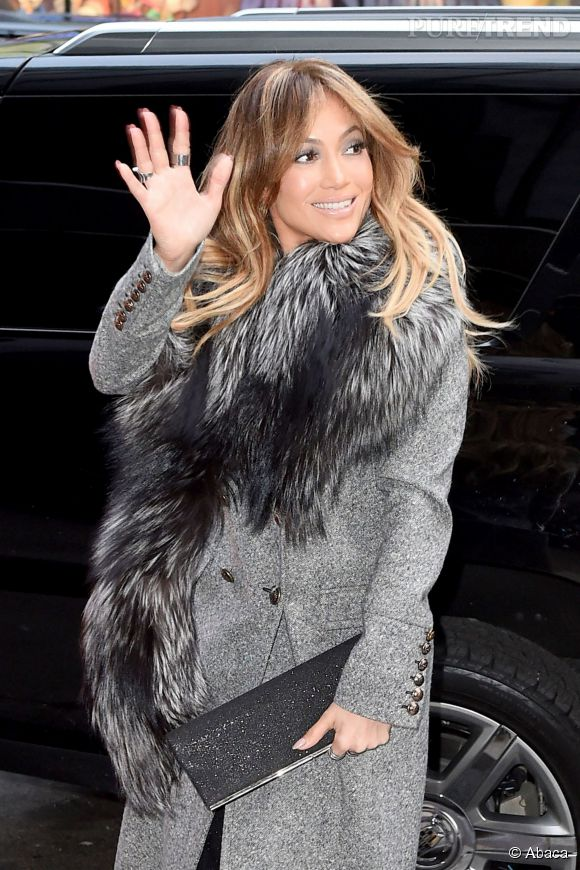 Jennifer Lopez : so chic en fourrure !