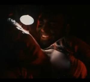 """Jennifer Lopez et George Clooney dans """"Hors d'atteinte""""."""