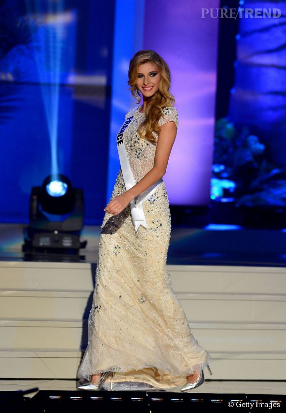 Miss France Camille Cerf lors du National Costume Show pour Miss Univers 2014 le 21 janvier 2015 à Miami.