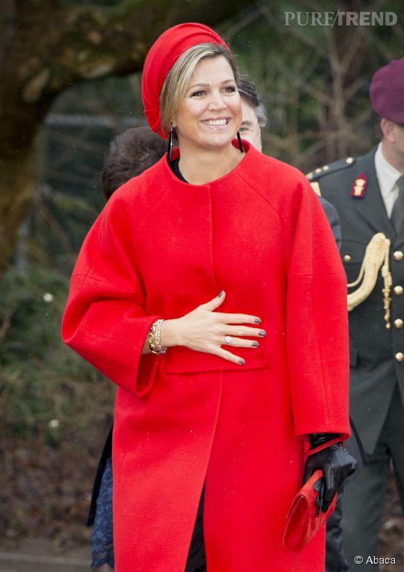 La reine Maxima des Pays-Bas a adopté le total look rouge... Elle ne pouvait pas passer inaperçue !
