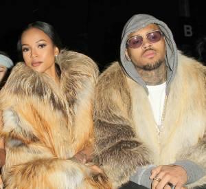 Chris Brown et sa copine Karrueche Tran portent de la fourrure et s'attirent les foudres de la PETA.