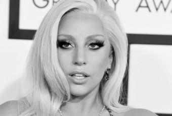 Lady Gaga et sa bague de fiançailles Lorraine Schwartz, le détail secret