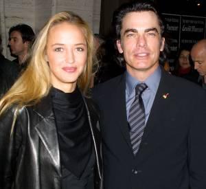 Hélène de Fougerolles copine avec l'acteur américain Peter Gallagher à New York en 2001.