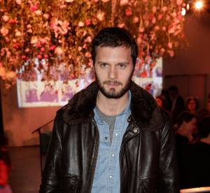 "Hugo Becker a même un air de Jamie Dornan, le sulfureux héros de ""50 Shades of Grey""."